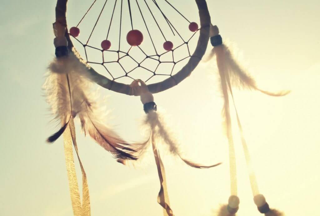 לקום עם חיוך: 3 שיקולים חשובים בדרך אל משרת החלומות שלכם